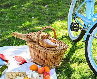 A picnic basket with food